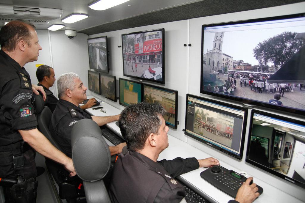 3 - altas 10.06.2016 - Onibus monitoramento _ Gláucio Burle (1)