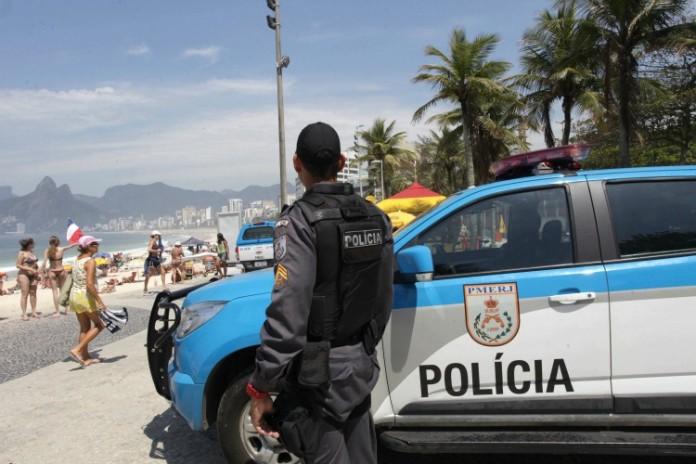 policia-696x464