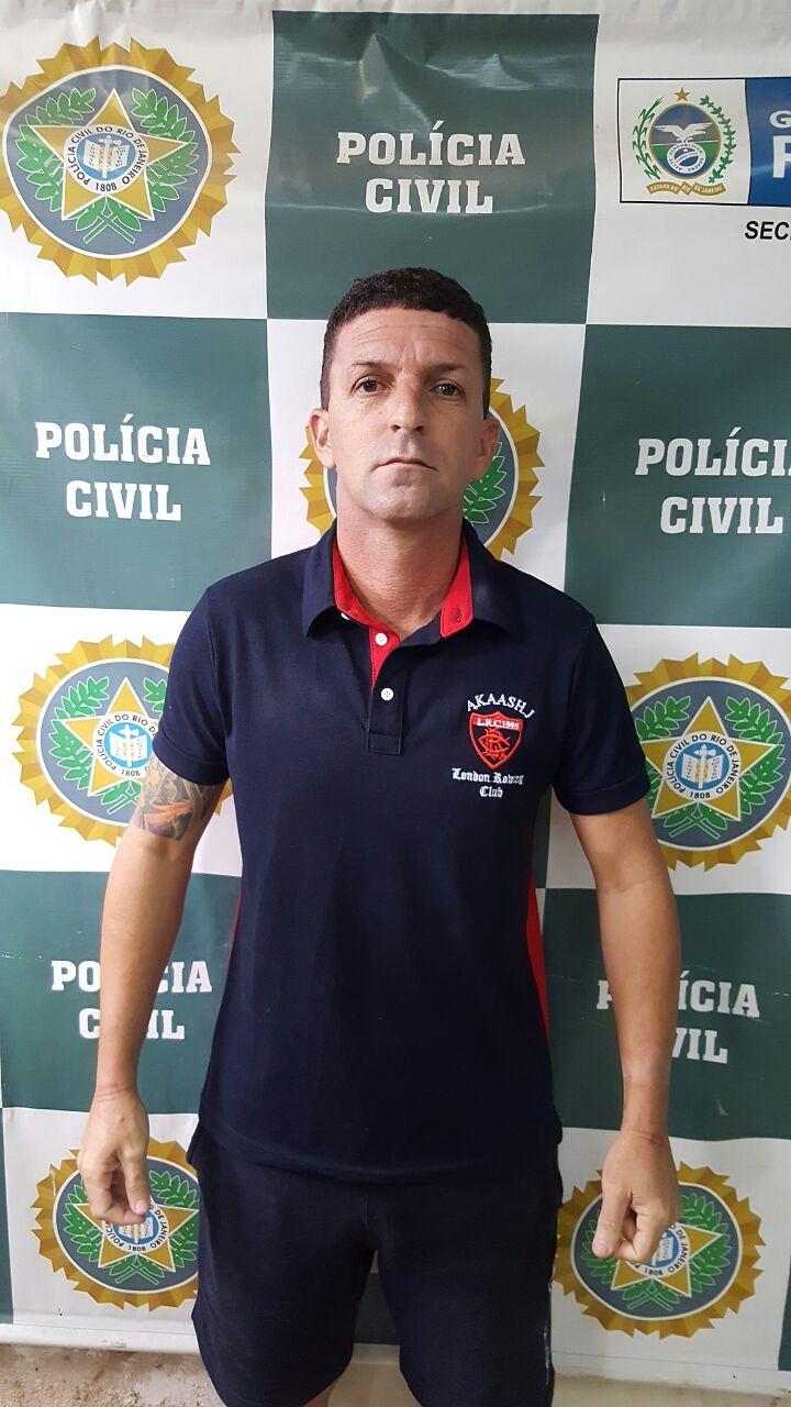 Preso em Caxias-06
