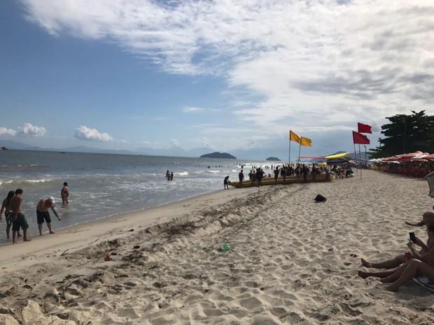 praia_vila_historica_de_mambucaba_-_angra_dos_reis