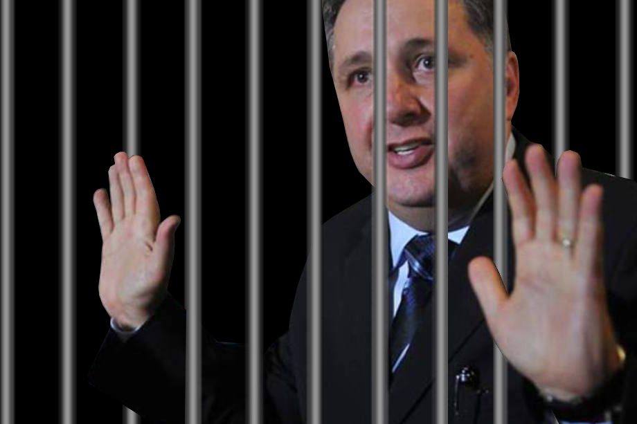 prisão garotinho montagem fundo preto