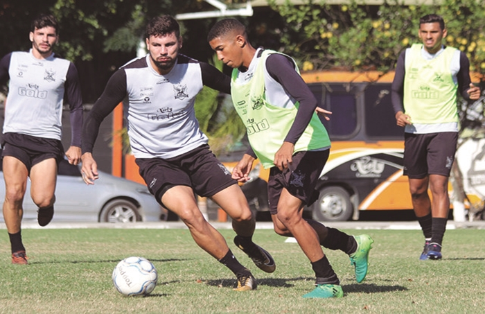 04 Nova Iguaçu FC