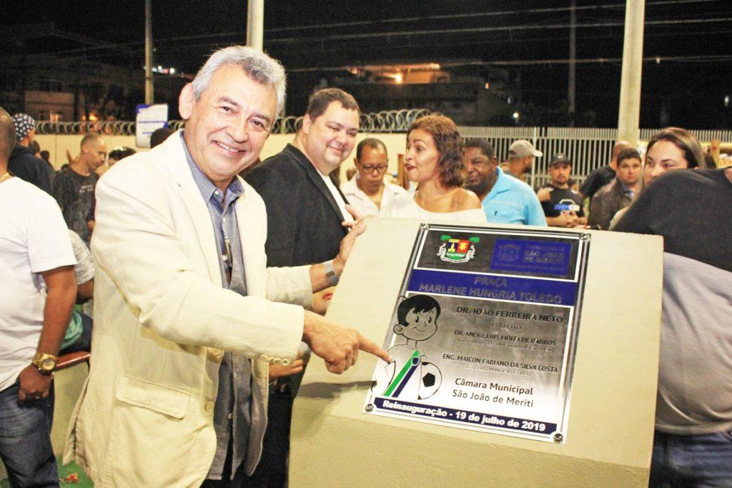 Dr. João