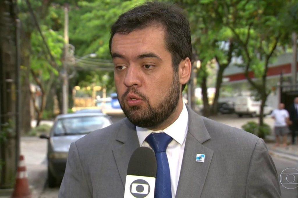 20 Claudio Castro