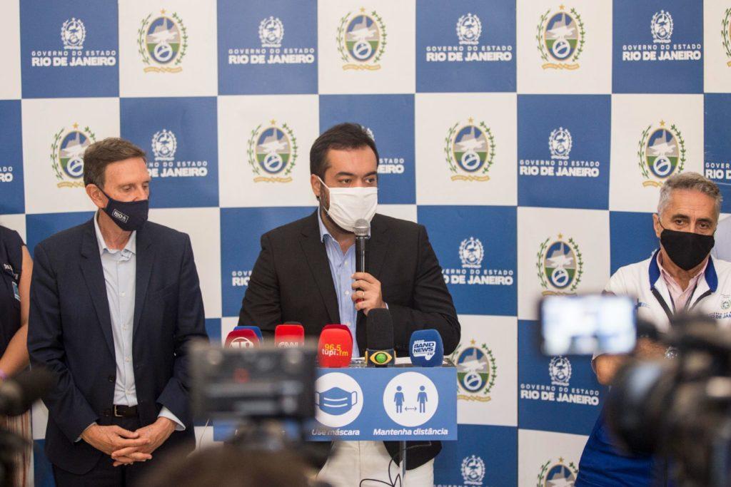 04122020 - Governador em exercício, Cláudio Castro, acompanhado do prefeito Marcelo Crivella, concede entrevista coletiva sobre as ações de combate ao COVID