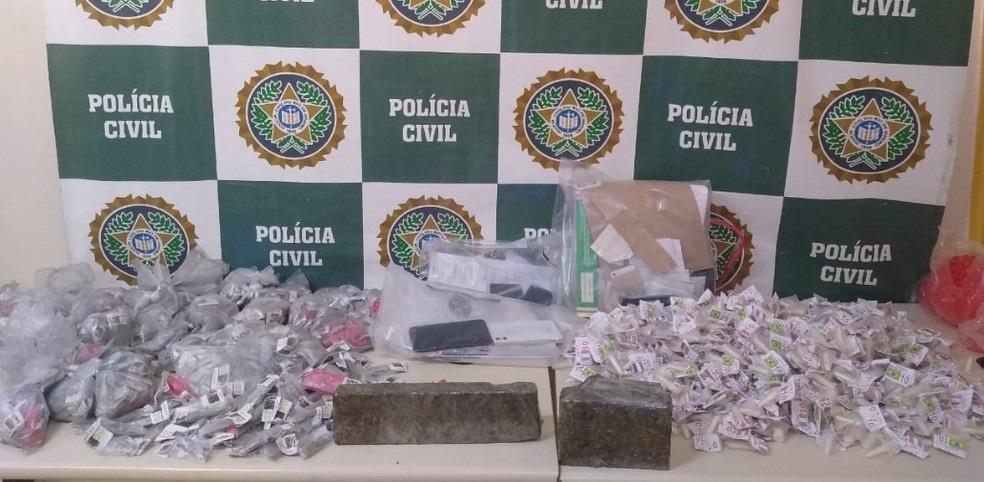 Material apreendido pela operação da polícia em Três Rios/Divulgação/Polícia Civil