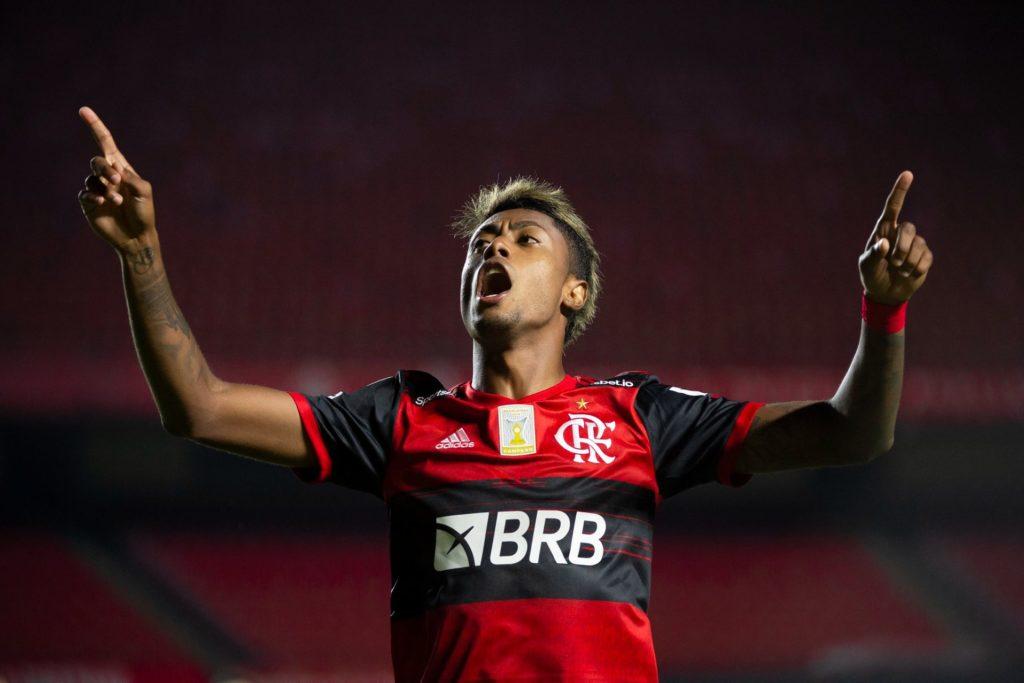 27 Bruno Henrique