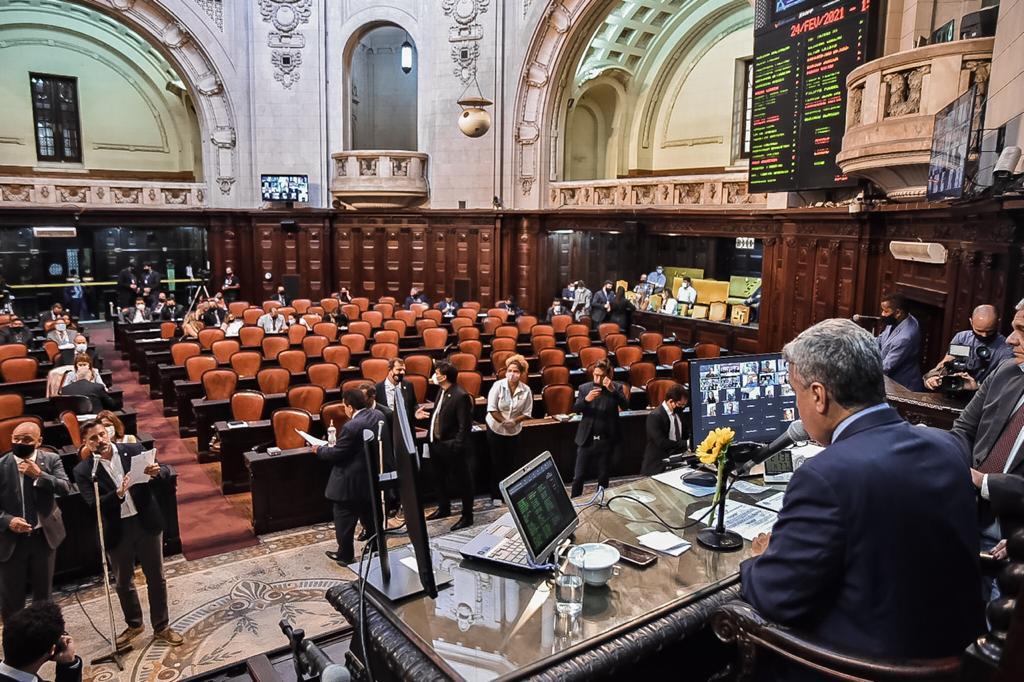 Presidente da Casa, deputado André Ceciliano, na sessão de hoje (24)/Divulgação/Alerj