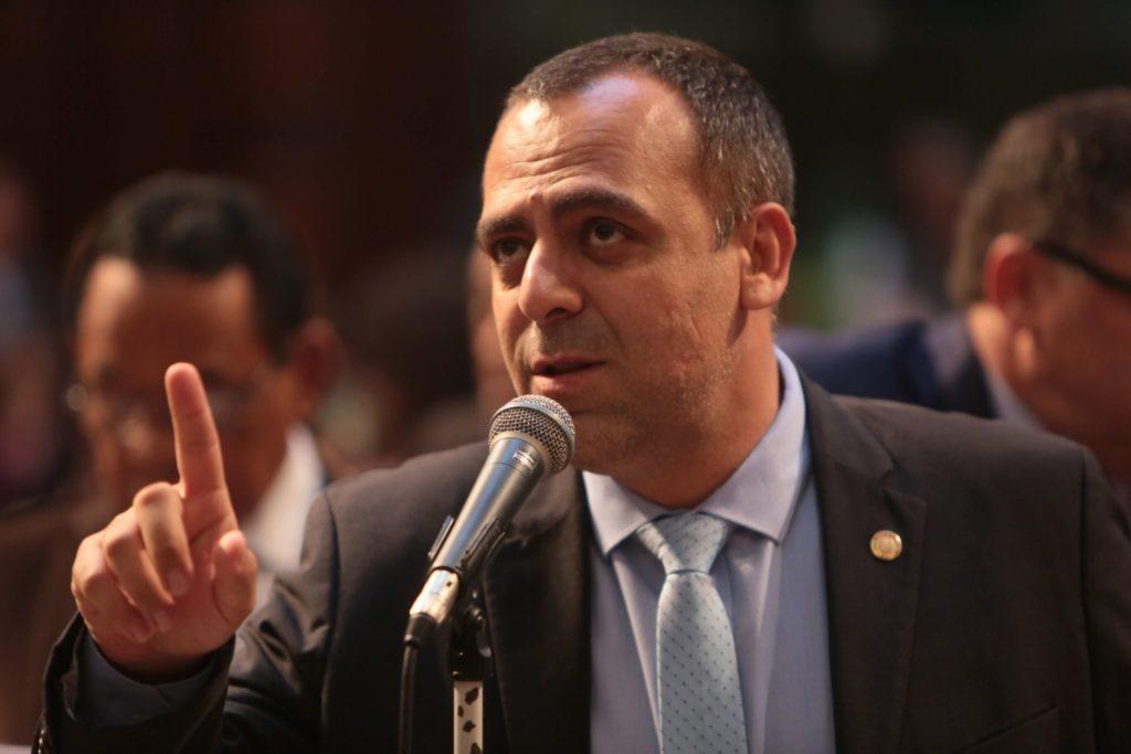 Deputado Anderson Moraes (PSL) defende a proposta/Divulgação