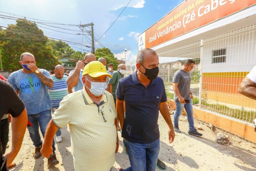 Waguinho esteve no bairro Vale das Mangueiras verificando as obras da Unidade de Saúde da Família/Rafael Barreto/PMBR