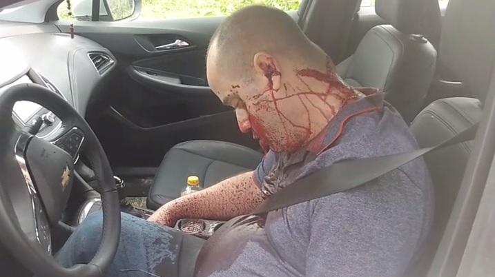 Vítima foi encontrada morta dentro do carro/Reprodução