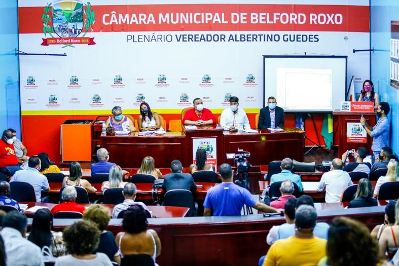 A audiência pública realizada na Câmara Municipal/Rafael Barreto/PMBR