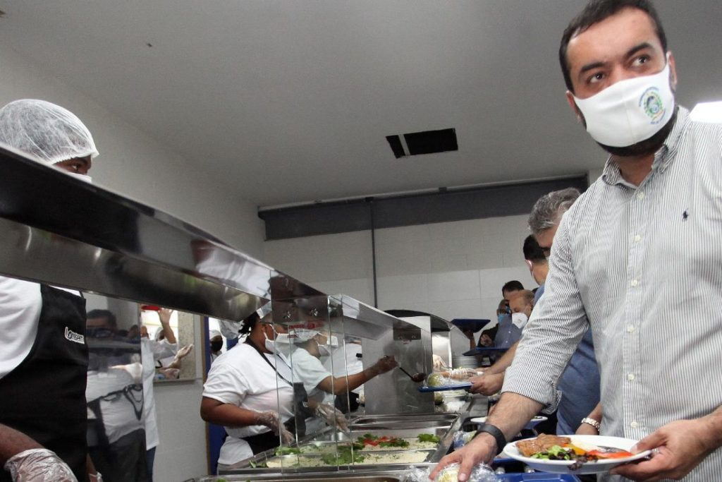 Governador inaugurou o primeiro restaurante popular em Caxias/Divulgação/Governo do estado