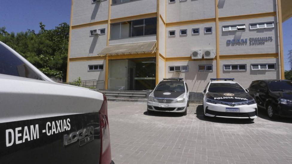Bandido foi preso por agentes da Deam-Caxias/Reprodução