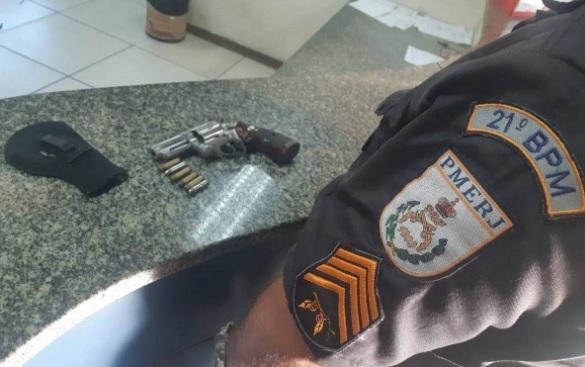 Com o acusado, foi encontrado um revólver cal. 38 com seis munições intactas/Divulgação
