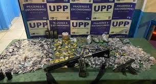 Armas e drogas apreendidas nas operações/Divulgação