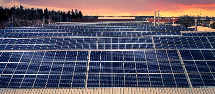 O governador Cláudio Castro (PL) criou um grupo de trabalho para identificar as ações necessárias para o RJ se tornar carbono neutro/Albrecht Fietz por Pixabay