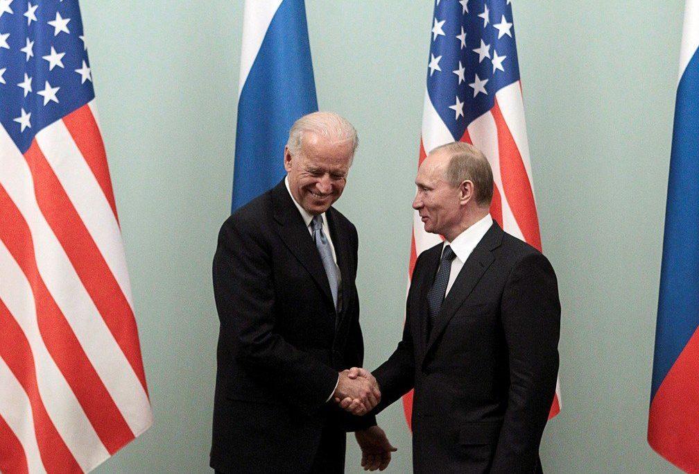 Biden e Putin: estabilidade nuclear, a mudança climática e segurança cibernética estão na pauta