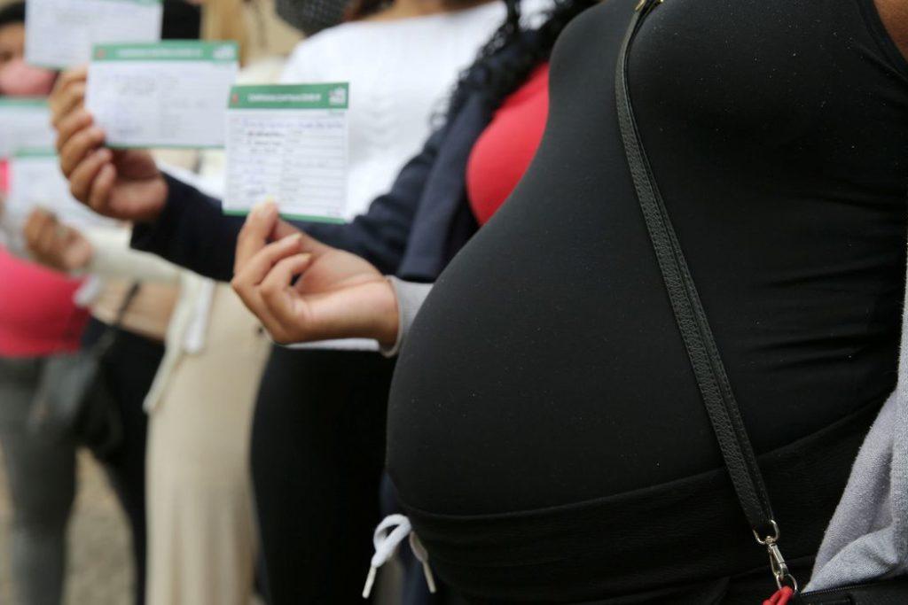 Mulheres acima de 18 anos devem ir aos postos hoje e quinta-feira/REUTERS/Carla Carniel