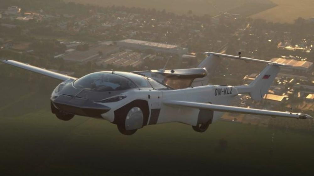 O híbrido AirCar visa a atender demanda criada pelos problemas de congestionamento de tráfego em ruas e estradas/Klein Vision