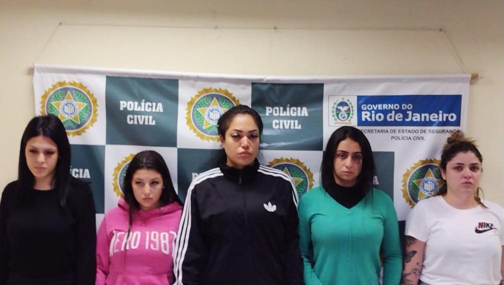 As estelionatárias Mariana Serrano, Gabriela Vieira, Rayane Sousa, Anna Carolinas e Yasmin Navarro/Golpistas