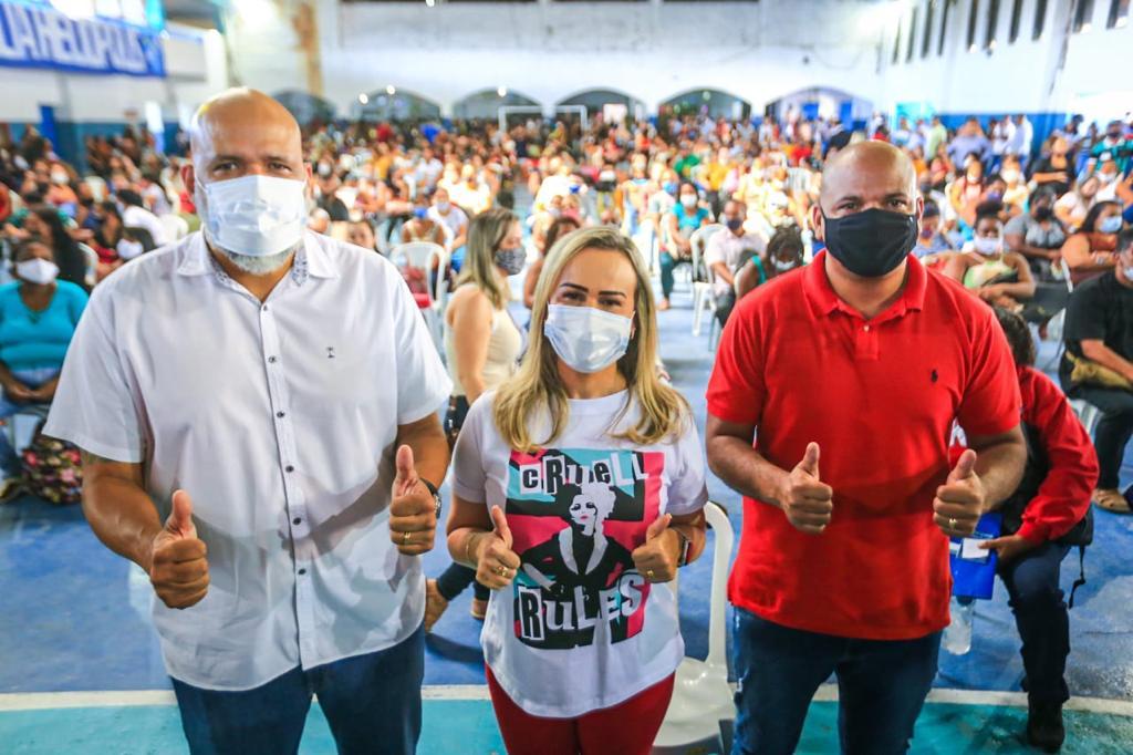 Marcelo Canella, Daniela do Waguinho e Sidney Canella destacaram a importância de se investir na Educação/Rafael Barreto/PMBR