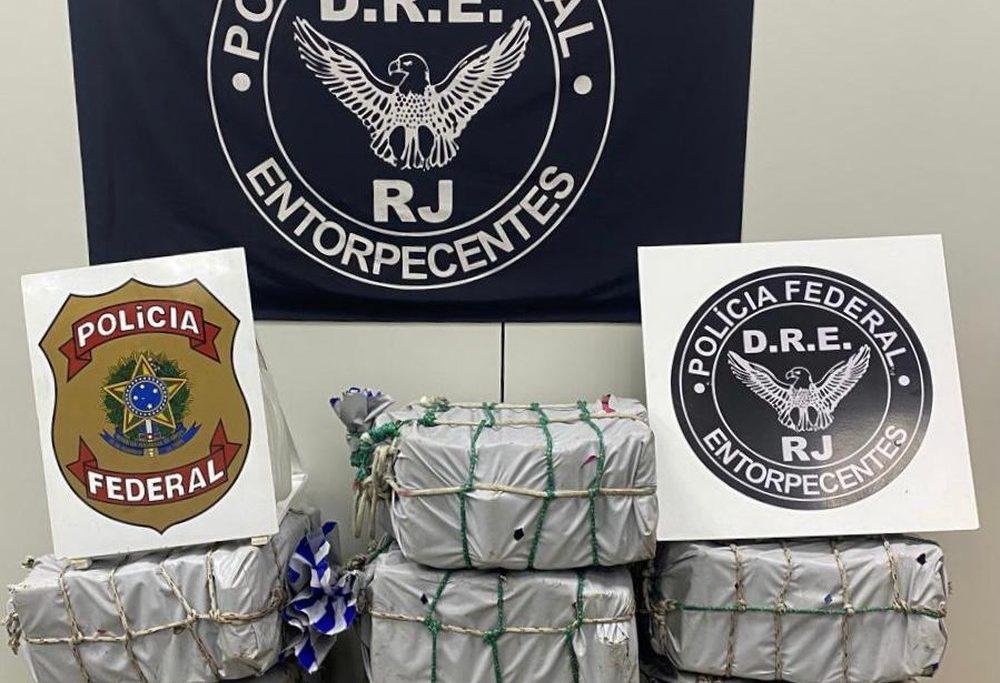 Droga foi descoberta por mergulhadores do Núcleo de Polícia Marítima da PF/Divulgação