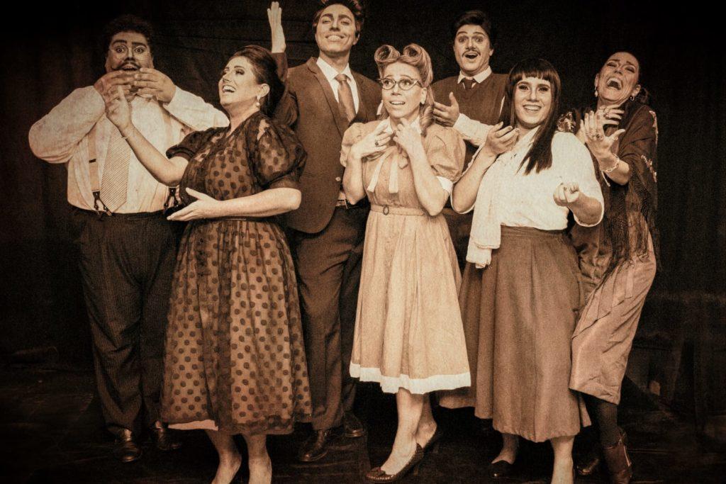 Companhia comemora volta aos palcos e aposta em obra de época inédita para conquistar o público/Divulgação