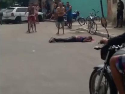 Vítima foi atingida por vários disparos na cabeça/Reprodução/Redes sociais