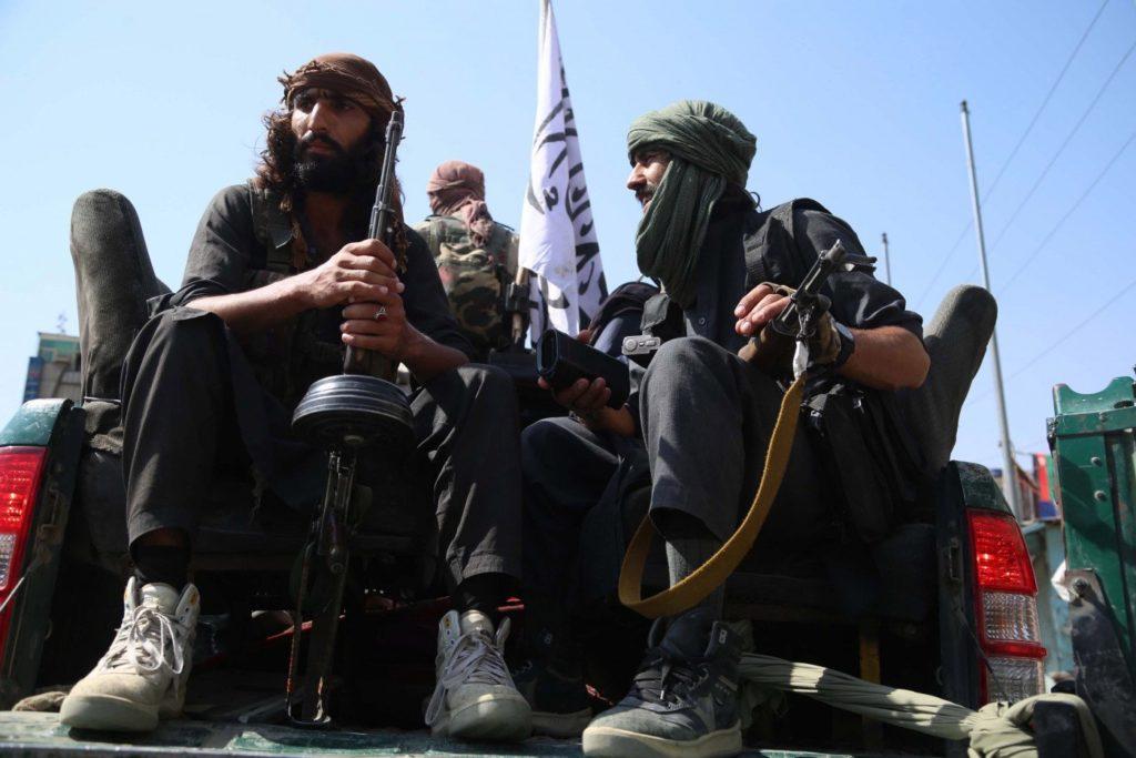 Soldados do Talibã nas ruas de Cabul, capital afegã/Reprodução
