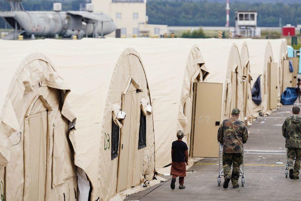 Mais de 122 mil pessoas foram retiradas de Cabul desde 14 de agosto/Reuters/Uwe Anspach/Direitos reservados