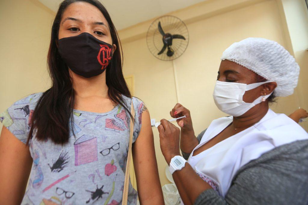 A vacinação de jovens agora irá beneficiar quem tem entre 15 e 17 anos, com comorbidades/Rafael Barreto/ PMBR