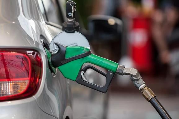 Valor segue acima de R$ 6 por litro, segundo a ANP/Reprodução