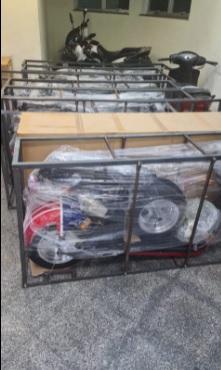 Carga de motos elétricas apreendida pela Polícia Militar custa em torno de R$ 170 mil/Divulgação