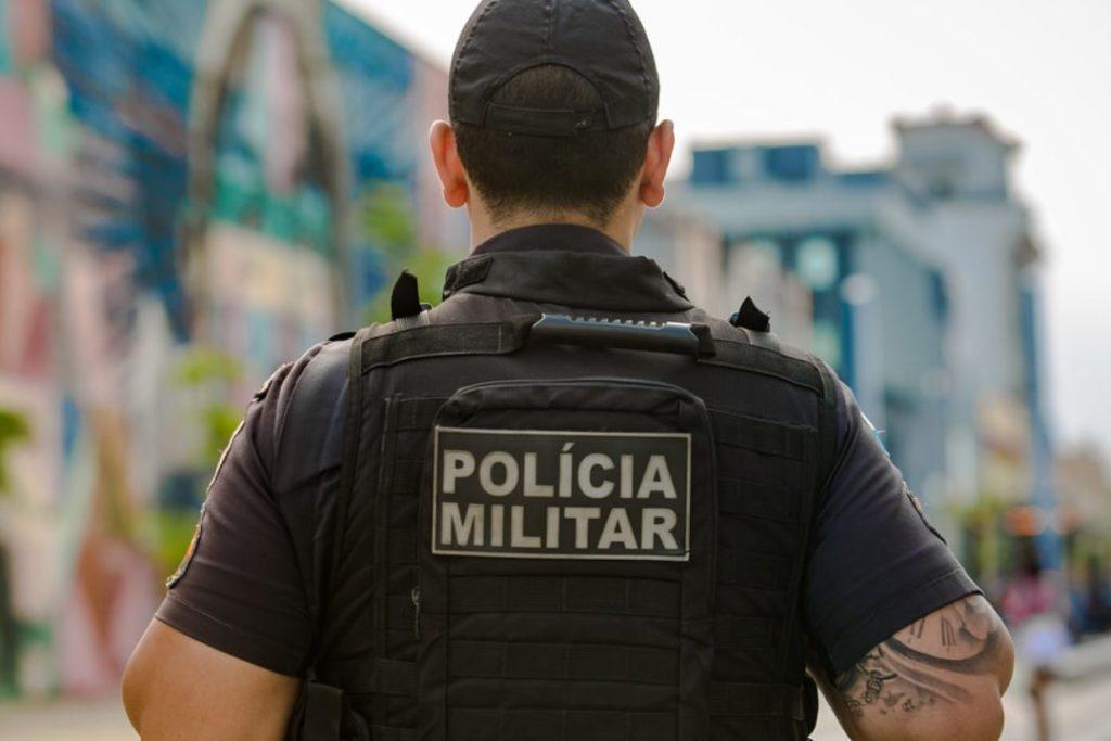 De janeiro até 1º de setembro 100 policiais militares foram baleados na Região Metropolitana. Desse total, 39 morreram/Reprodução