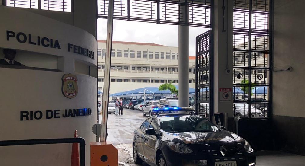 Agentes cumpriram um mandado de prisão expedido pela 3ª Vara Federal Criminal do Rio/Reprodução