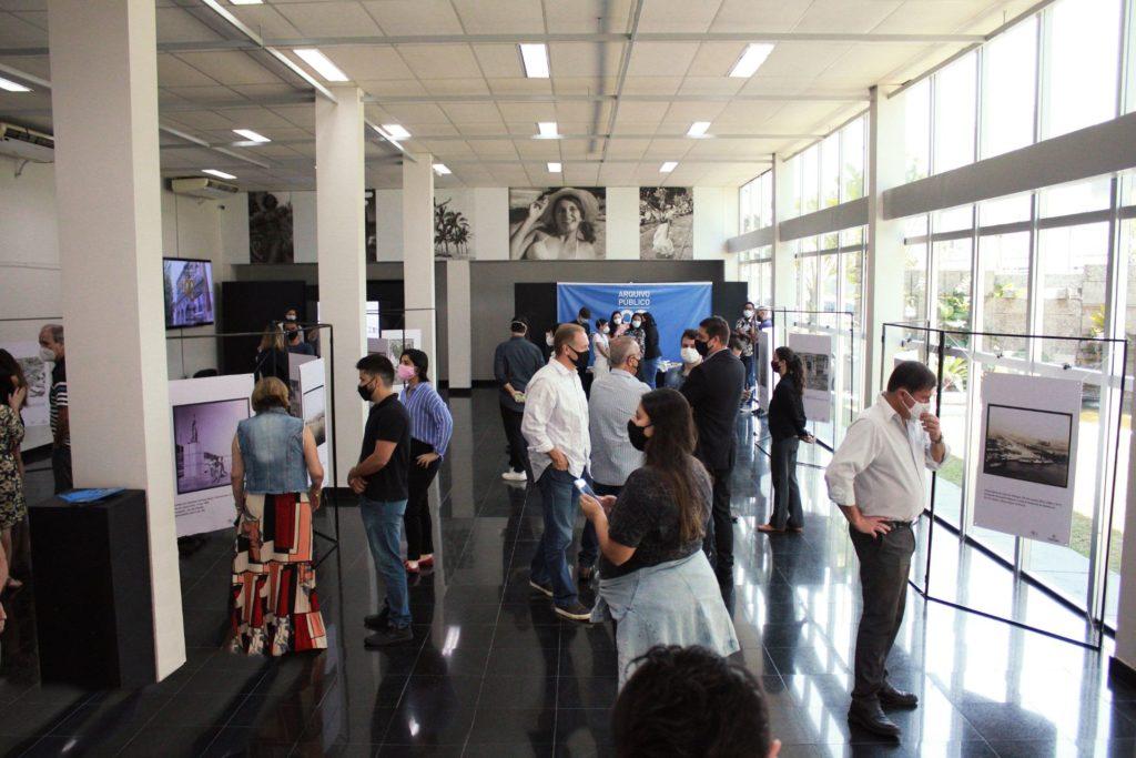 Os visitantes podem ver como eram pontos importantes, como o Cais do Porto e a Praça Mauá/Divulgação/Governo do RJ