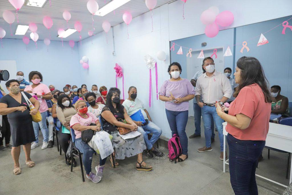 A mastologista Christina Fidalgo Santoro durante a palestra/DÉBORA VITÓRIA